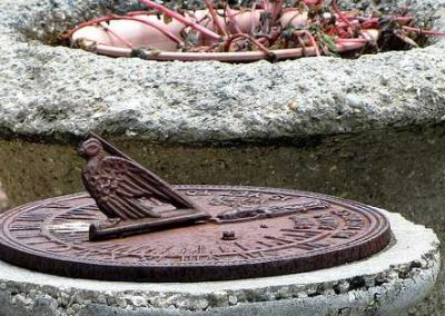Fountain_of_Youth_sundial-Saint_Augustine-Florida-b0784b33be6644dfb73ea141a2e3c57f_c